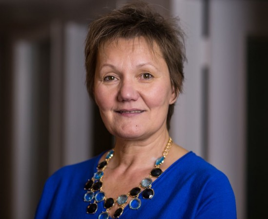 Lilianne Deme, adjointe administrative